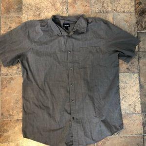 XLT short sleeve button up shirt in gray